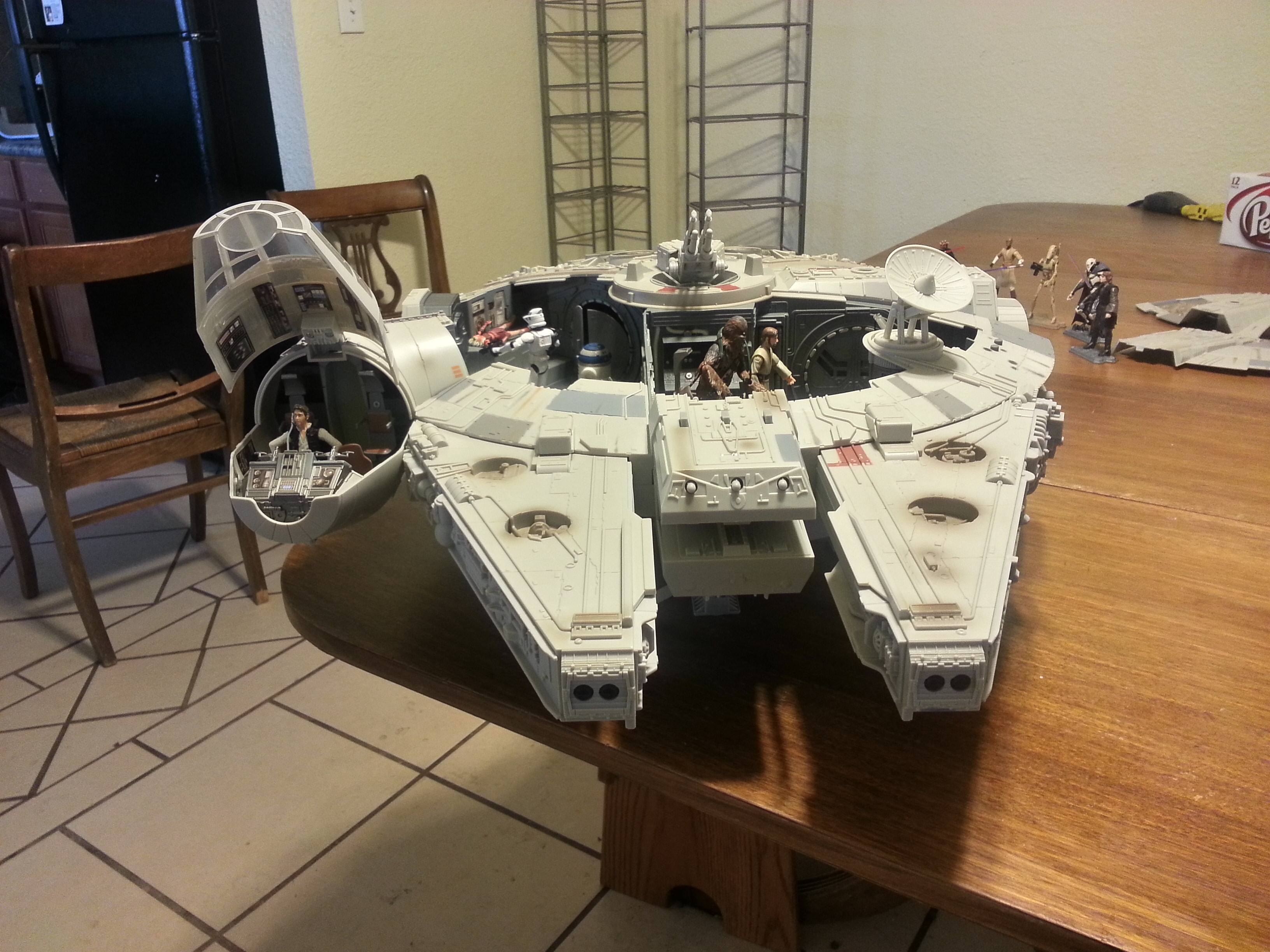 Full Frontal View of the Open Millenium Falcon Model